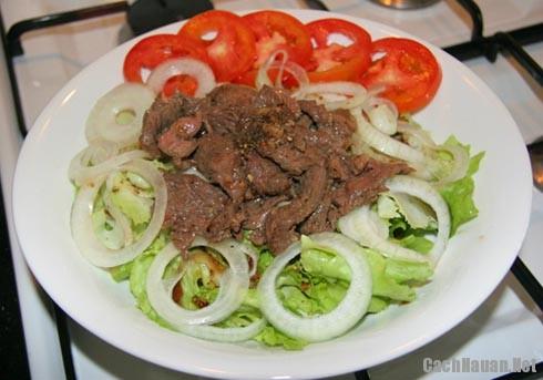 cach-lam-salad-tron-thit-bo