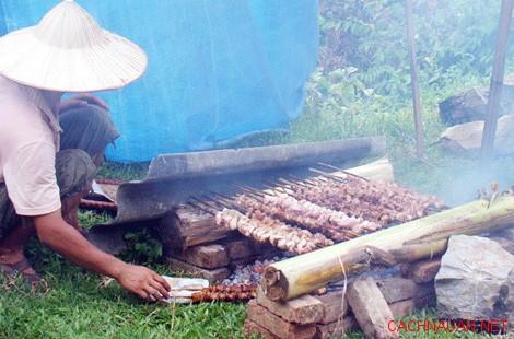 mon ngon dac san hoa binh 2 10 món ăn đặc sản không thể quên của Hòa Bình