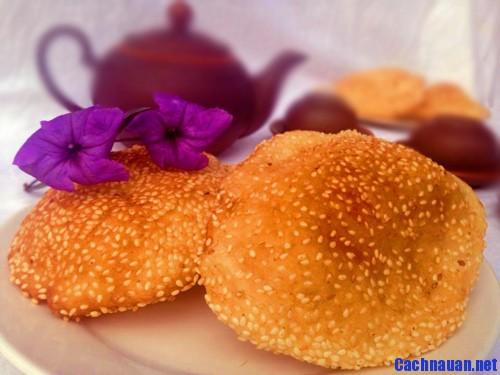 cach lam banh tieu phong - Bánh tiêu phồng xốp thơm nức mùi vừng