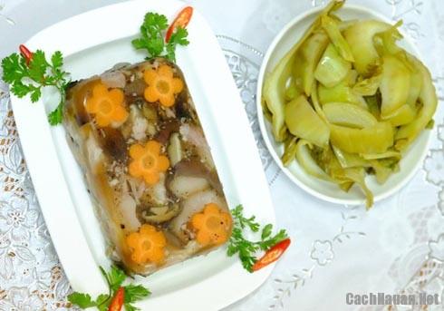 cach nau thit dong 5 - Hướng dẫn cách nấu thịt đông thơm ngon cho ngày lạnh