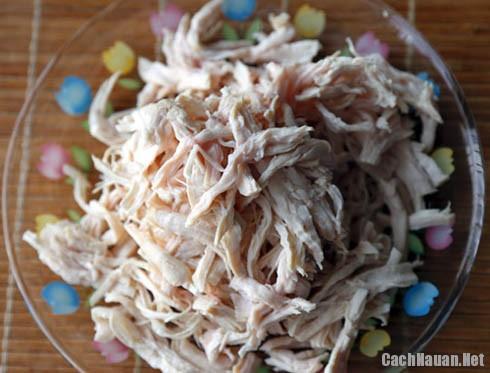 xe thit ga lam nom - Cách làm nộm gà dưa chuột chống ngán