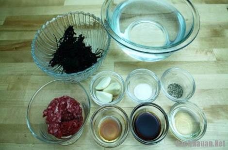 cach nau canh rong bien 1 - Cách nấu canh rong biển ngon đúng kiểu Hàn Quốc