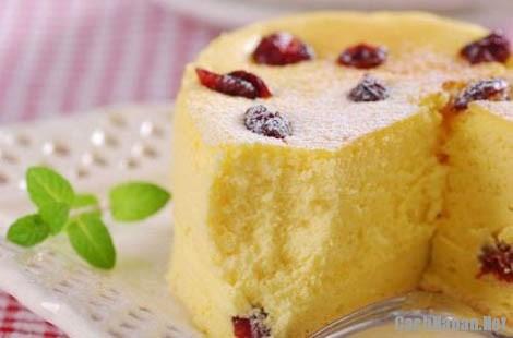 cach lam banh bong lan nuong 6 - Cách làm bánh bông lan bơ nho nướng thơm ngon