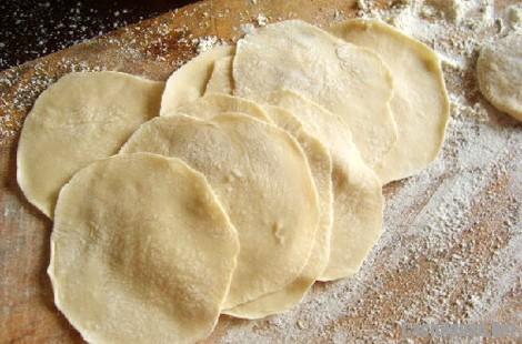 cach lam banh goi 2 - Cách làm bánh gối ngon giòn đúng kiểu Hà Nội