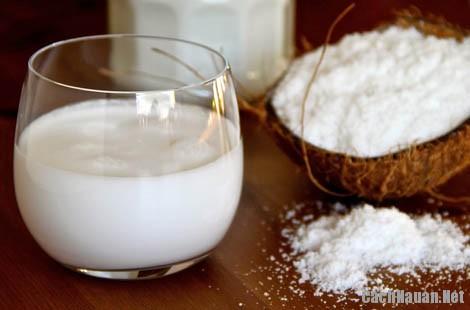 cach lam nuoc cot dua 1 - Cách làm nước cốt dừa đơn giản tại nhà
