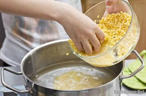 cach nau che bap 2 - Cách làm chè bắp thơm ngon chuẩn vị Nam Bộ