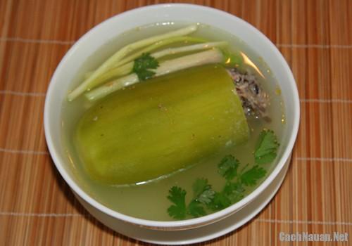 canh bi xanh don thit 3 - Cách nấu canh bí xanh dồn thịt ngọt mát