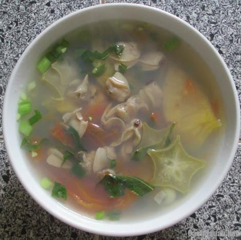 canh ngao nau chua ngon 1 - Cách nấu canh ngao chua mát dạ ngày nóng