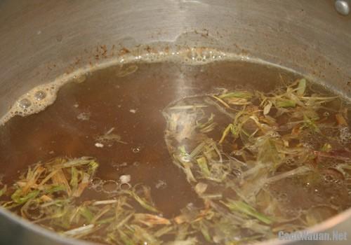 lau cua dong hai san 1 - Cách nấu lẩu cua đồng hải sản thơm ngon