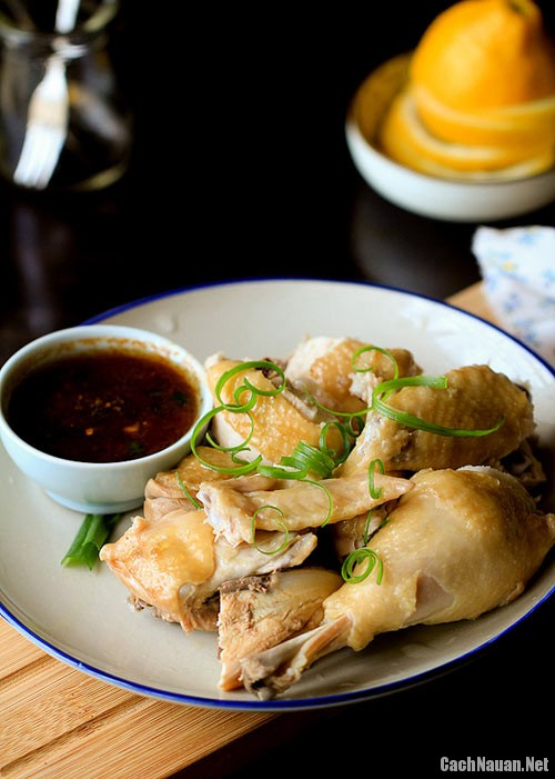 mon ga hap trung quoc 4 - Cách làm món gà hấp kiểu Trung Quốc nóng hổi