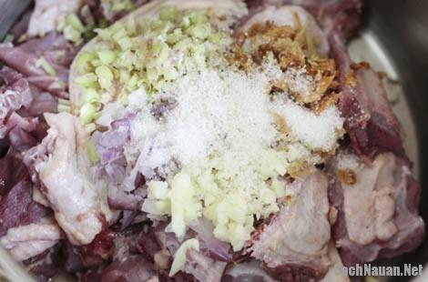 mon vit om sau 3 - Cách làm món vịt om sấu thơm ngon, chua dịu