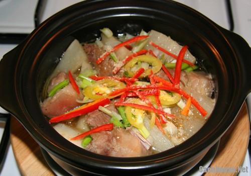 thit heo kho cu cai trang 4 - Cách làm thịt heo kho củ cải trắng đậm đà