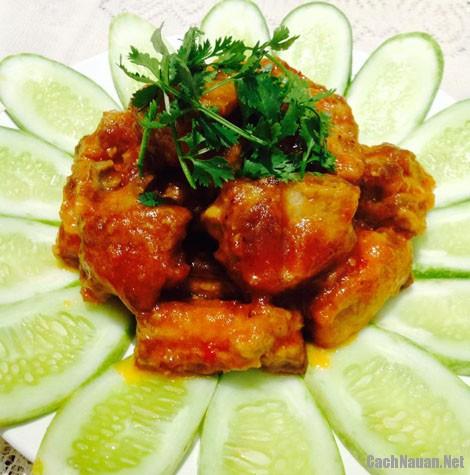 banh bao chien 3 - Cách làm bánh bao chiên chấm nước sốt sườn xào chua ngọt