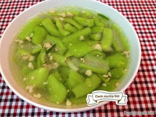 bua com 102 nghin 2 - Bữa ăn chiều 102 nghìn dễ nấu, ngon miệng