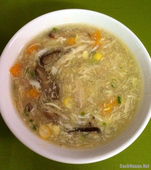 cach nau sup ga 3 - Cách nấu súp gà thơm ngon, bổ dưỡng
