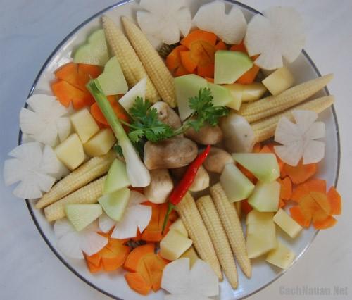 canh thap cam cu qua chay 2 - Cách nấu canh thập cẩm củ quả chay ngon ngọt
