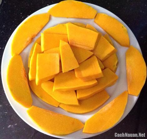 che bi do dau phong 2 - Cách nấu món chè bí đỏ đậu phộng
