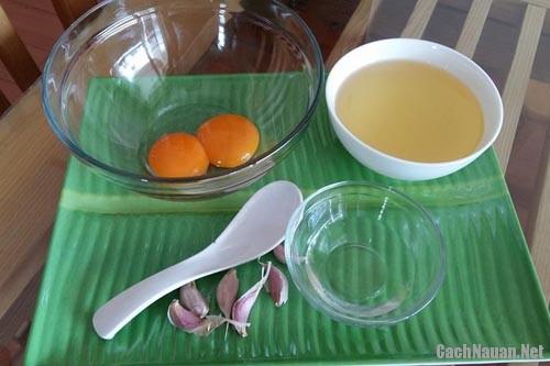 sot Mayonnaise 1 - Cách tự làm sốt mayonnaise đơn giản tại nhà