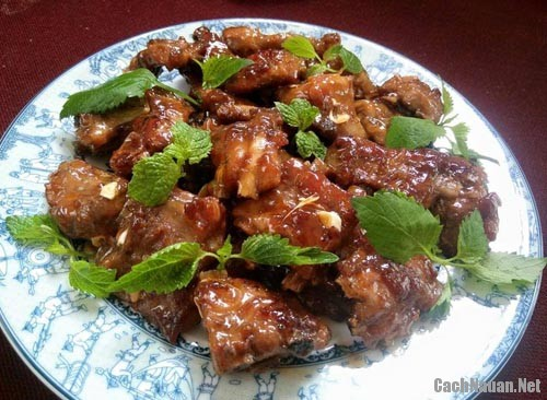 suon sot chua ngot 3 - Cách làm món sườn sốt chua ngọt thơm ngon