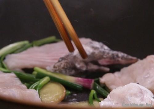 mon sup ca ngon 3 - Cách làm súp cá thơm ngon cho bữa sáng