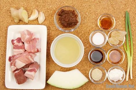 suon kho bi dao - Cách làm món sườn kho bí đao ngon cơm