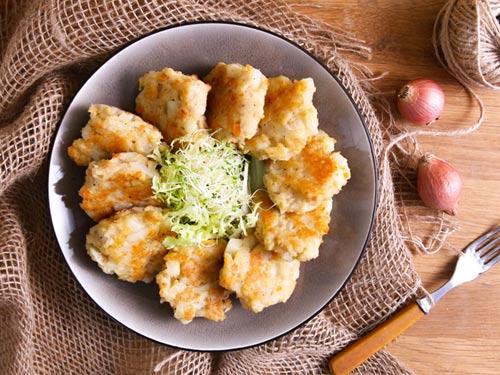 banh khoai tay chien ga 7 - Cách làm bánh khoai tây chiên gà cực ngon