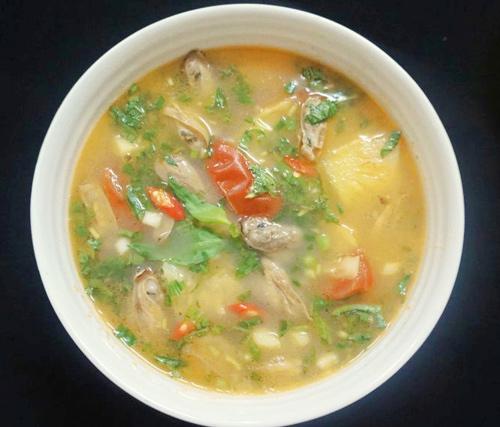 canh chua trung truc 7 - Cách nấu canh chua trùng trục nấu dứa thanh mát