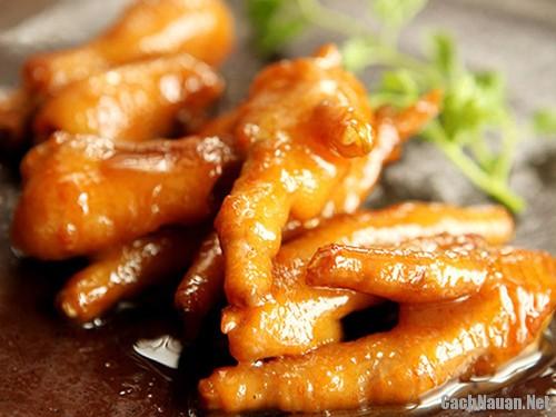 chan ga om xi dau 101 - Cách làm món chân gà om xì dầu lai rai cuối tuần
