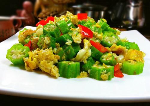 dau bap xao trung 5 - Cách làm món đậu bắp xào trứng đơn giản, ngon cơm