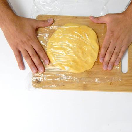 lam banh pho mai 5 - Cách làm bánh phô mai tại nhà cực đơn giản