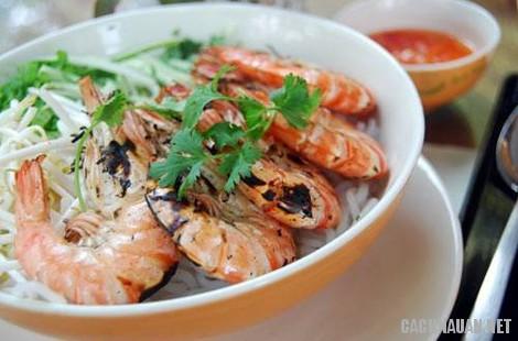mon an dac san binh dinh 2 - 10 món ăn đặc sản nổi tiếng của miền đất võ Bình Định