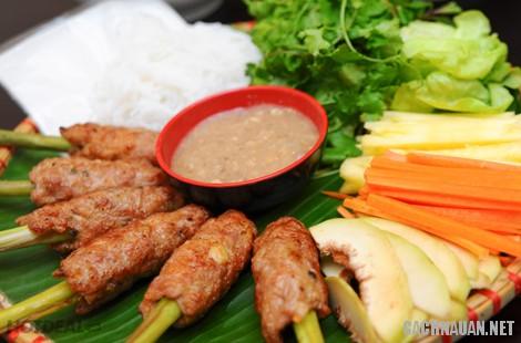 mon an dac san hue 4 - 10 món đặc sản ngon nổi tiếng đậm chất cố đô Huế