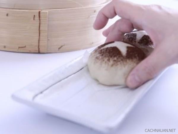 cach lam banh bao chay nhan man thom ngon 10 - Cách làm bánh bao chay nhân mặn thơm ngon