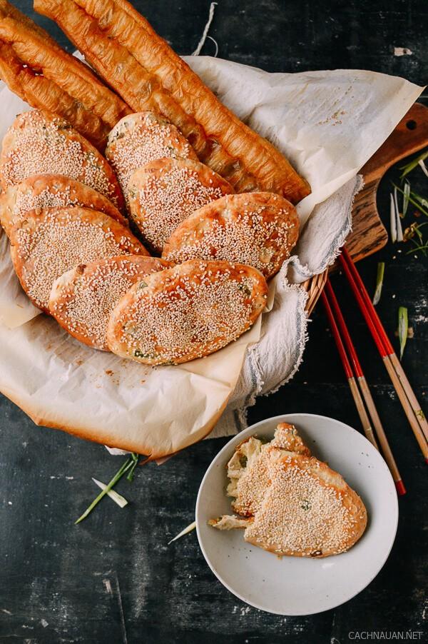 cach lam banh my vung kieu thuong hai thom phuc 9 - Cách làm bánh mỳ vừng kiểu Thượng Hải thơm phức