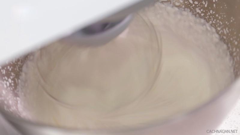 cach lam banh souffle chanh gung mem min 2 - Cách làm bánh souffle chanh gừng mềm mịn
