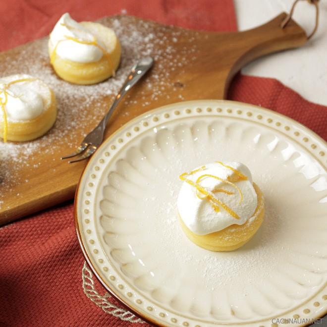 cach lam banh souffle chanh gung mem min 7 - Cách làm bánh souffle chanh gừng mềm mịn