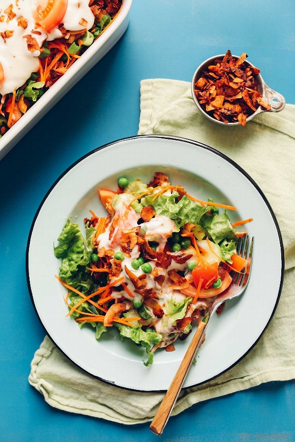 cach lam mon salad 7 lop ngon mat ngon mieng 4 - Cách làm món salad 7 lớp ngon mắt ngon miệng