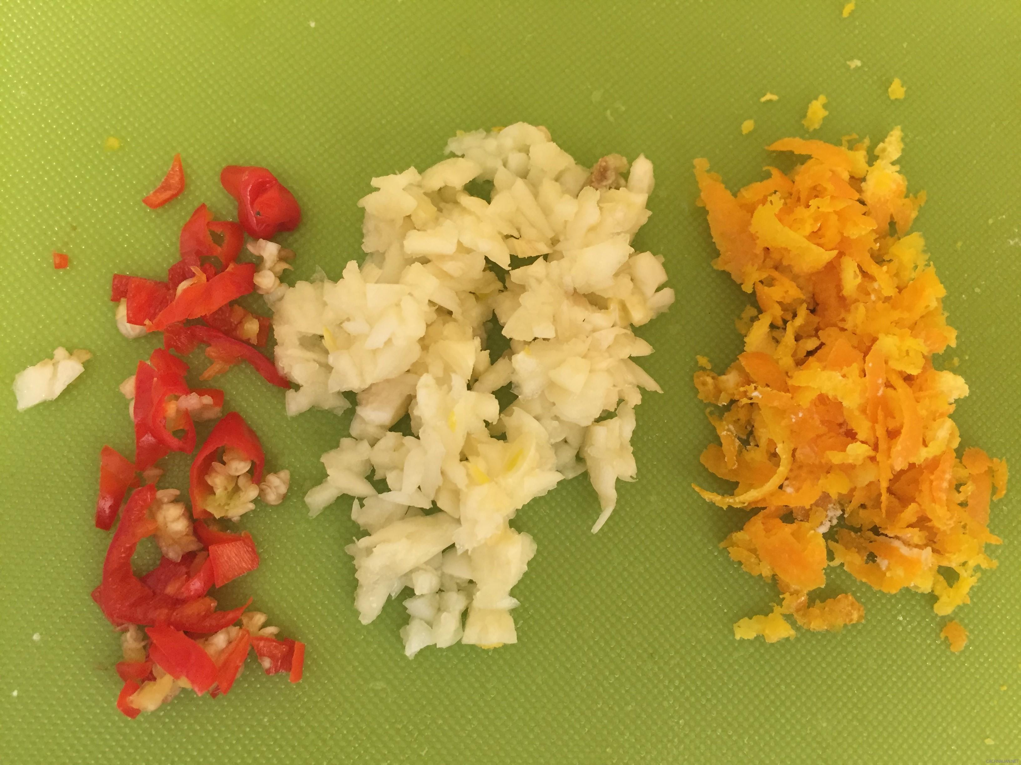 Cách làm món thịt chiên giòn sốt cam ngon tuyệt