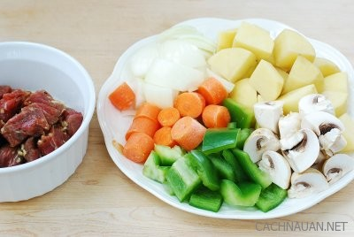 Cách nấu cà ri bò kiểu Hàn Quốc đậm đà lạ miệng