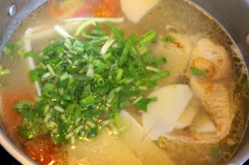 cac nau mon canh ca mang chua dam da cho bua com cuoi tuan 4 - Các nấu món canh cá măng chua đậm đà cho bữa cơm cuối tuần