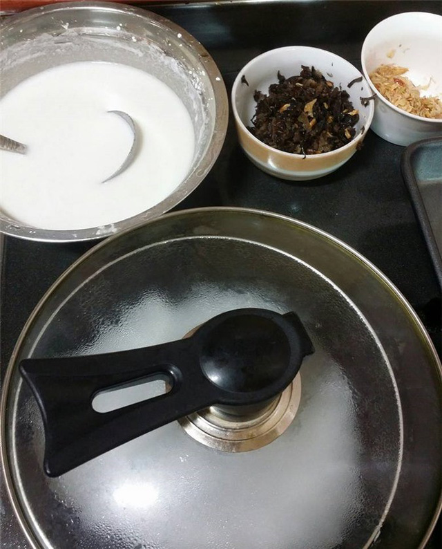 cach lam banh cuon tai nha bang chao chong dinh 3 - Cách làm bánh cuốn tại nhà bằng chảo chống dính