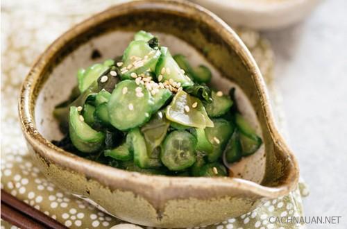 cach lam mon salad dua chuot va rong bien thom gion thanh mat - Cách làm món salad dưa chuột và rong biển thơm giòn thanh mát