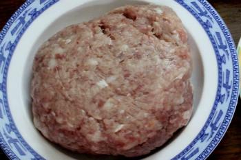 cach nau canh bi xanh nhoi tom thit thanh ngot 1 - Cách nấu canh bí xanh nhồi tôm thịt thanh ngọt