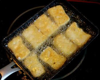 cach nau canh ca tim nau thit ba chi dan da ma ngon 3 - Cách nấu canh cà tím nấu thịt ba chỉ dân dã mà ngon