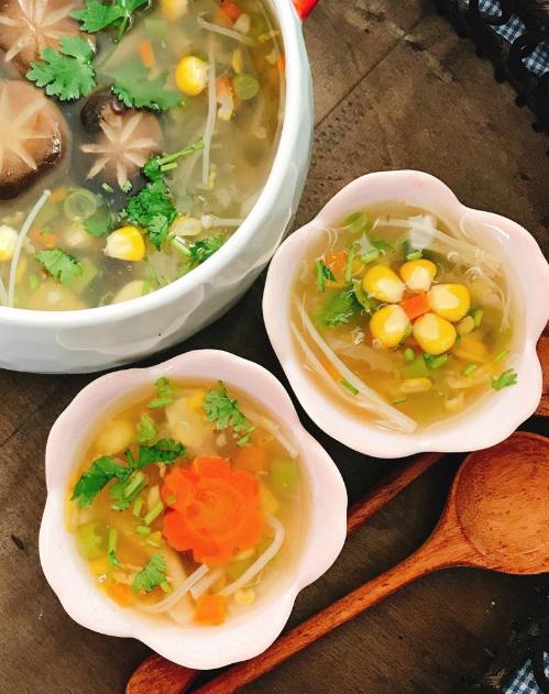 cach nau mon sup nam chay thanh tinh cho ngay ram 1 - Cách nấu món súp nấm chay thanh tịnh cho ngày rằm